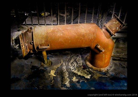 telescoop-pijp voor afzuiging van een ovenuitgang